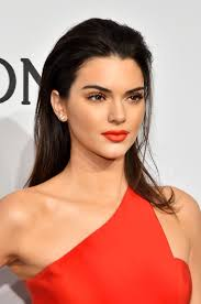 65 kendall jenner hair looks we love kendall jenner u0027s hairstyle
