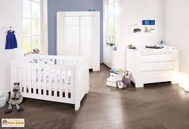 chambre évolutive bébé lit pour bébé et enfant evolutif sky pinolino