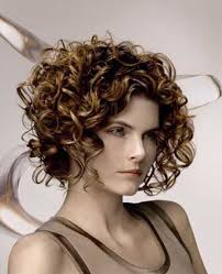 layered highlighted hair styles 20 best haircuts for thick curly hair hairstyles haircuts