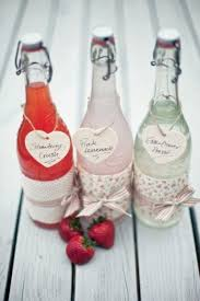 favors for wedding guests 27 coolest drinkable wedding guest favors weddingomania