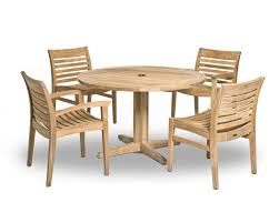contemporary dining table wooden round for public spaces