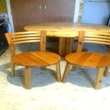 chaises de cuisine en pin table de cuisine en pin table et chaise en pin chaises en pin trendy