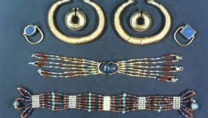 facts about ancient jewelry synonym