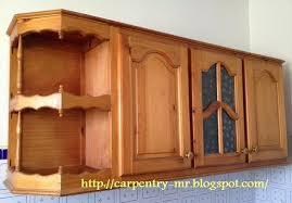 modele placard de cuisine en bois placard de cuisine placards cuisine carpenter working on