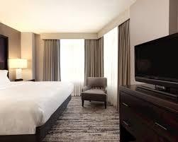 Comfort Suites Atlanta Atlanta Hotel Rooms Executive Rooms Embassy Suites By Hilton