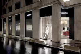 home design stores boston avenue montaigne flagship store http www valentino com en home