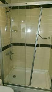 shower door fell on gentle exit and hit my forehead picture My Shower Door