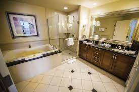 One Bedroom Luxury Suite Luxor Mirage 2 Bedroom Suite One Suites Las Vegas Room Anime Lavish