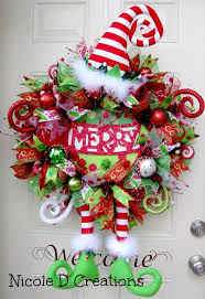 Florist Decorated Christmas Wreaths by 84 Best Wreaths Images On Pinterest Holiday Wreaths Burlap