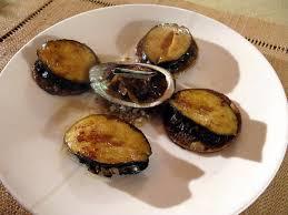 ormeaux poêlés confit d échalote à la sauge et galettes de sarrasin