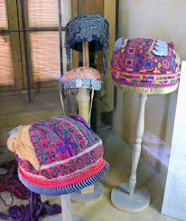 file hats on display at jordanian museum of popular traditions jpg