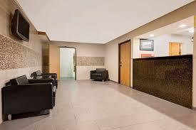 Comfort Inn Mentor Ohio Super 8 Mentor Cleveland Area Mentor Hotels Oh 44060