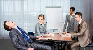 sieste au bureau pour faire une sieste au bureau rien ne vaut une bonne réunion 01