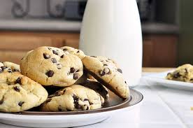 my favorite puffy chocolate chip cookies