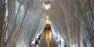 Bathrooms In The White House The White House Reveals Its Christmas Decorations Melania Trump