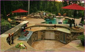 Beautiful Backyard Designs With Pool And Outdoor Kitchen Pictures - Backyard designs