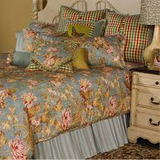 Michael Amini Bedding Clearance Black Bedding Sets And More Ease With Style The Woods Camouflage