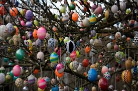 easter egg tree the egg tree of saalfeld liebes germany