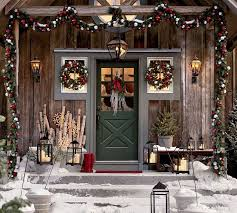 Christmas Decorations For Outside Deck by Best 25 Cabin Christmas Decor Ideas On Pinterest Christmas