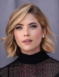 hairstyles for wavy hair low maintenance hair short hairstyles for thick wavy hair blonde bob pinterest