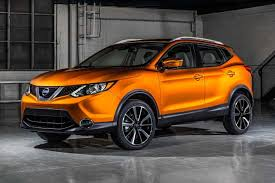 nissan jeep 2017 2017 nissan rogue sport first drive review rogue but less so