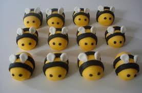 bumble bee cupcakes foodista bumblebee cupcake toppers will get others buzzing about