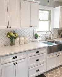 Kitchen With Backsplash Pictures Best 25 White Cabinets Ideas On Pinterest Kitchens With White