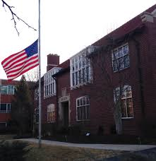 Federal Flag Half Mast Half Mast Vs Half Staff U2013 Dispatches From The Castle