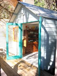 photos backyard cabins