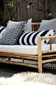 White Patio Cushions by Best 25 Outdoor Cushions Ideas On Pinterest Cheap Outdoor