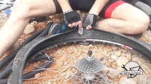 réparer une chambre à air de vélo reparation pneu velo