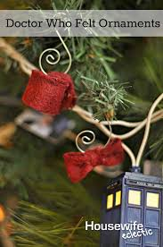 easy felt doctor who ornaments or charms felting ornament and