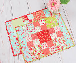 how to make a beginner charm pack placemat tutorial sew