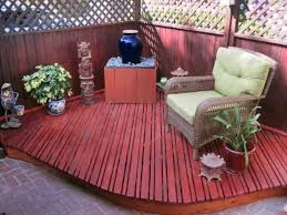 backyard with corner small deck decorating ideas for small decks