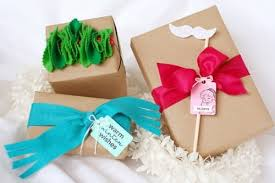 Gift Packing Ideas by 20 Gift Wrapping Ideas Paper Crafts Tip Junkie