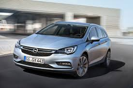 opel astra 2017 2016 opel astra sports tourer photo gallery autoblog