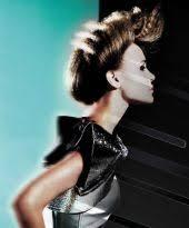 Hochsteckfrisurenen Gestuftes Haar by Hochgesteckte Flechtzöpfe Als Romantische Hochsteckfrisur