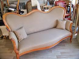 tapissier canapé tapissier decorateur canapé louis philippe