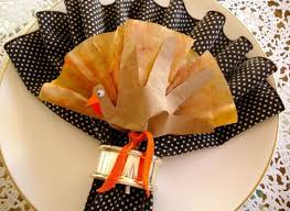 napkin folding ideas a turkey inspired craft for your