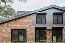 nestled on nature u0027s edge 1970s brick dwelling gets a modern upgrade
