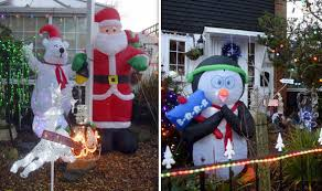 Decoration Christmas House Games by Impressive Christmas Decorations House Lit Up With 4 000 Fairy