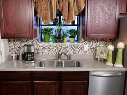 Easy To Clean Kitchen Backsplash How To Install A Backsplash How Tos Diy