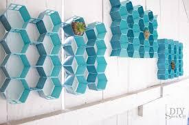 Diy Honeycomb Shelves by Easy Diy Indoor Outdoor Honeycomb Wall Artdiy Show Off U2013 Diy