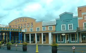 chambre standard hotel york disney hotel cheyenne frontier town at disneyland resort