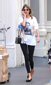 college guy style let it flow style girlfriend celebrities wearing t shirts how to style t shirts