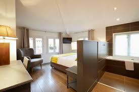 hotel baignoire dans la chambre chambre d hotel de charme au centre ville de toulouse l hotel