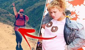 picture of heavy set women in a two piece bathing suit rebel wilson weight loss see pitch perfect s fat amy now diets