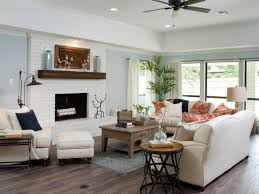 Fixer Upper Homes by Fixer Upper A Rush To Renovate An U002780s Ranch Home Hgtv Living