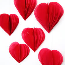 Valentine S Day Hanging Decorations by 19 Easy Diy Paper Decorations For Valentine U0027s Day Shelterness