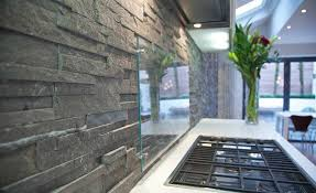 Natural Stacked Stone Backsplash Made With Norstone Series - Stacked stone veneer backsplash